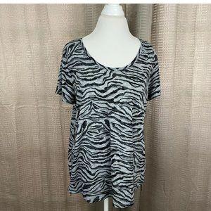 Vince Camuto Womens T Shirt Size XL High Low Zebra